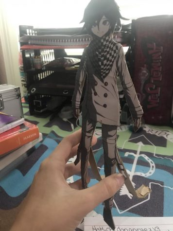 a craft for a friend, this is an image of a craft made as a gift for a friend, it is from there favorite show Danganrapa and is something they are into
