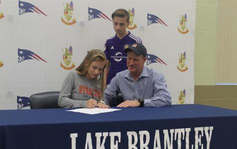 Brantley Senior Lauren Sniffen Signs to Syracuse