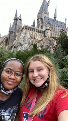 "Seniors Shelby Gay and Tyla Hall at Universal Studios. ""I go every other weekend!"" said Shelby."